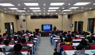 """我校成为华中科技大学""""优秀生源基地"""""""