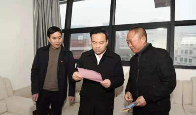 市委书记陈昌旭慰问我校专家人才代泽斌老师
